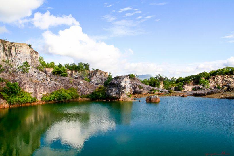 """Núi Hồ Tà Pạ - """"Tuyệt tình cốc"""" An Giang"""