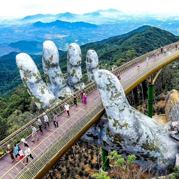 Lịch trình tour du lịch Đà Nẵng bằng máy bay chi tiết nhất